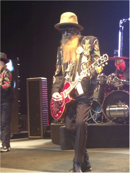 photo-ZZTop-BillyGibbons-Concert